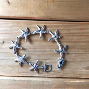 Jewelry - Cute little starfish bracelet